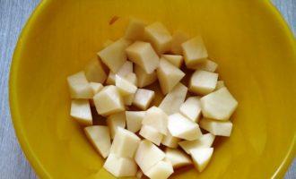Суп гороховый с копченым окорочком