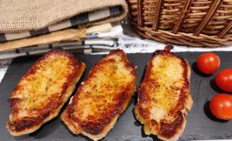 вкусный стейк из свинины на сковороде пошаговый