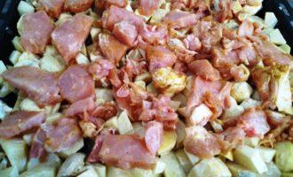 индейка с картошкой в духовке пошагово