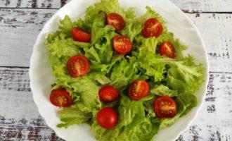 салат Цезарь с креветками классический пошагово с фото
