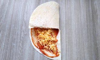 сэндвич из тортильи пошагово с фото