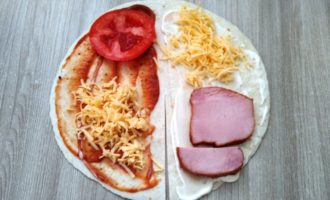 сэндвич из тортильи рецепт с фото